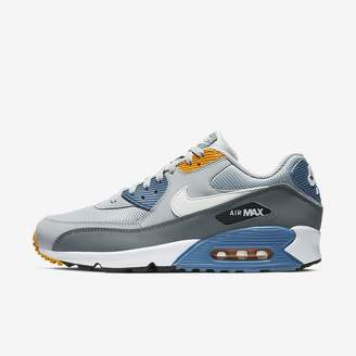 Nike 90 Essential Men's Shoe
