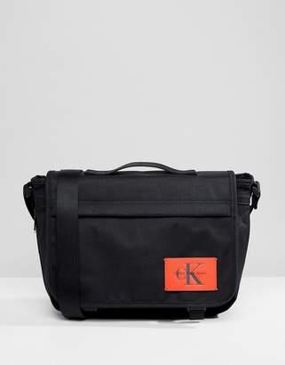 Calvin Klein Sport Essential Messenger Bag