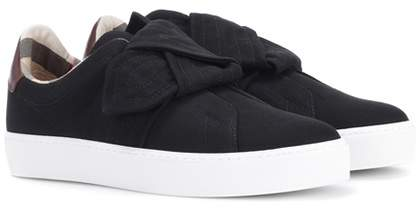 Burberry Westford knot slip-on sneakers