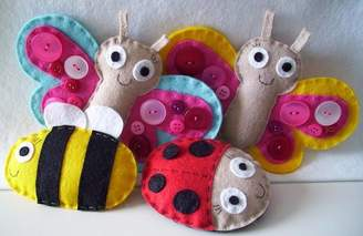 Your Own paper-and-string Sew Little Flying Friends Kit