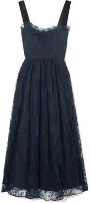 ALEXACHUNG Gathered Velvet-trimmed Chantilly Lace Midi Dress - Midnight blue