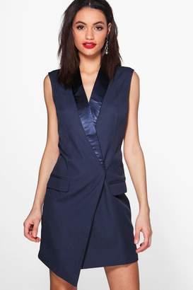 boohoo Emily Sleeveless Tailored Tuxedo Woven Blazer Dress