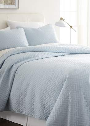 IENJOY HOME Home Spun Premium Ultra Soft Herring Pattern Quilted Twin Coverlet Set - Pale Blue