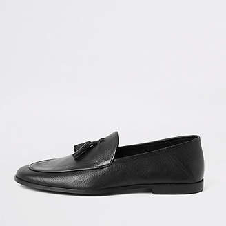 River Island Black textured leather tassel loafer