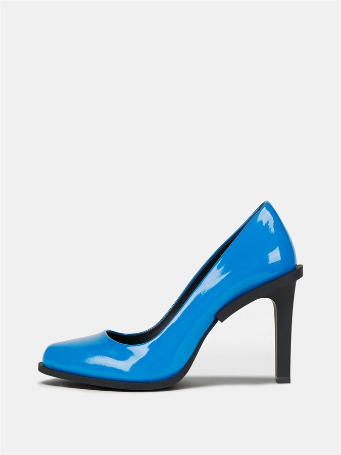 DKNYPrim Patent Pump With Rubber Heel