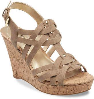 GUESS Daystar Wedge Sandal - Women's