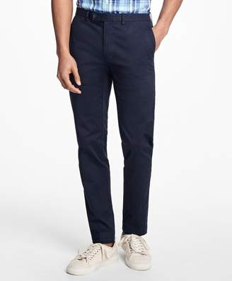Brooks Brothers Slim-Fit Lightweight Stretch Chinos