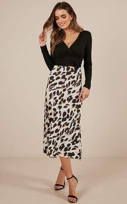 Showpo Mutual Feeling midi skirt in leopard print satin - 6 (XS) Midi