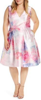 Chi Chi London Curve Ohanna Fit & Flare Dress