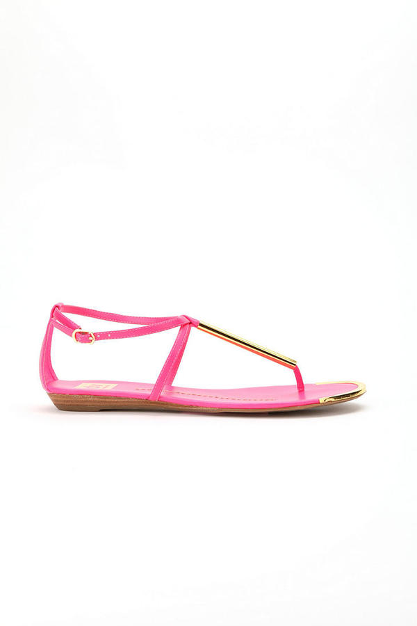 Urban Outfitters Dolce Vita Archer T-Strap Thong Sandal