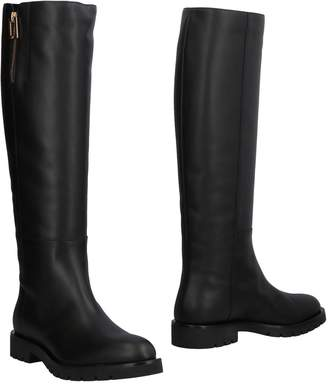 Roger Vivier Boots