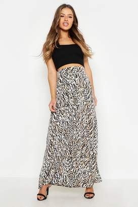 boohoo Petite Animal Print Woven Split Maxi Skirt