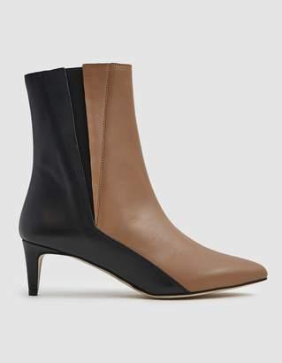Atelier Atp Nila Ankle Boot in Almond/Black