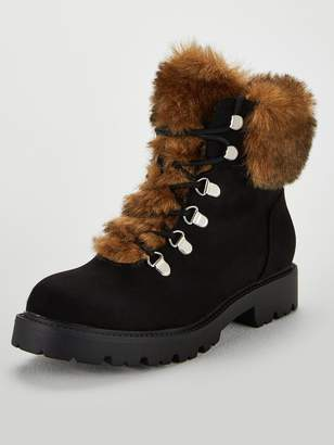 Very Freya Faux Fur Lined Lace Up Boots - Black