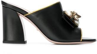 Gucci slip-on pearl mules