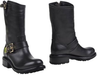 LUCIANO PADOVAN Ankle boots $374 thestylecure.com