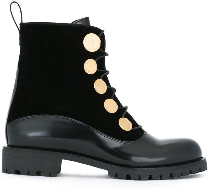Alexander McQueenAlexander McQueen studded combat boots