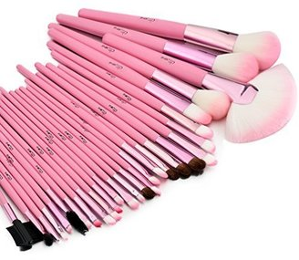 Glow 30 Pc Professional Wooden Handle Make up Brushes Set in Pink Case $29.99 thestylecure.com