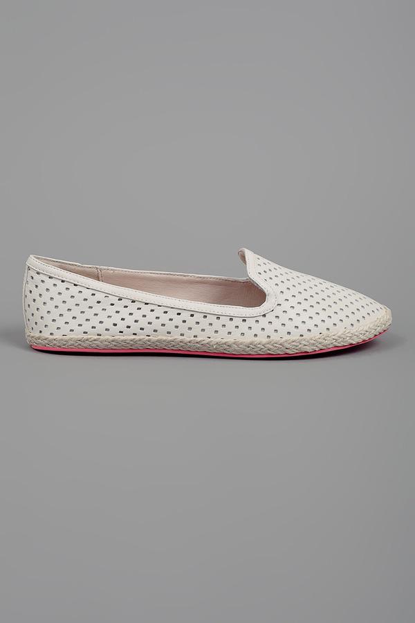 Dolce Vita Razia Leather Perforated Loafer Bone