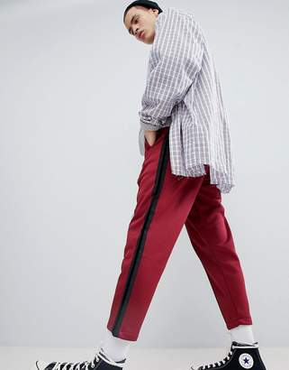 Mennace Cropped Joggers In Burgundy