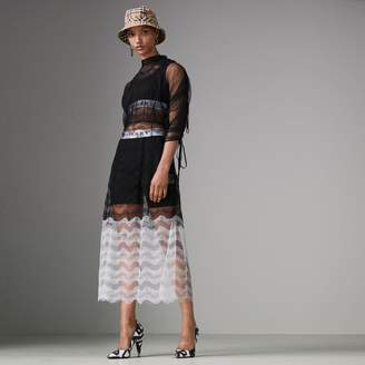Burberry Gathered-sleeve Geometric Lace Dress