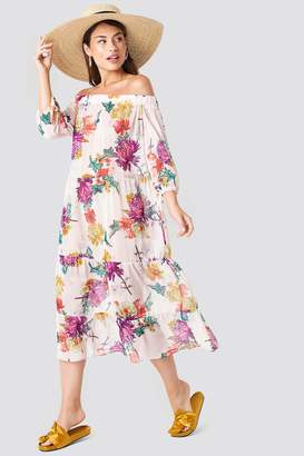 Trendyol Off Shoulder Flower Dress