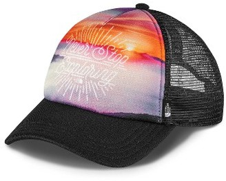 Women's The North Face 'Photobomb' Trucker Hat - Red $25 thestylecure.com