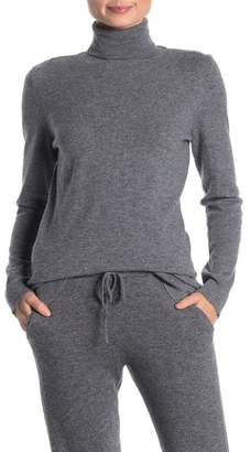 Kinross Fitted Cashmere Turtleneck Sweater