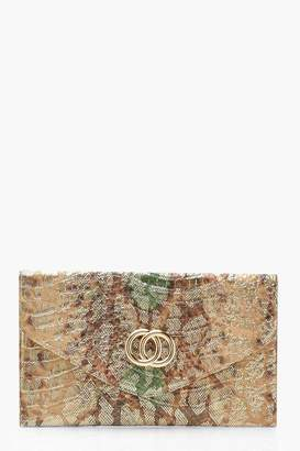 e657397e0da boohoo Metallic Snake & Gold Ring Clutch Bag