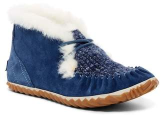 Sorel Out N About Fleece Lined Blanket Slipper