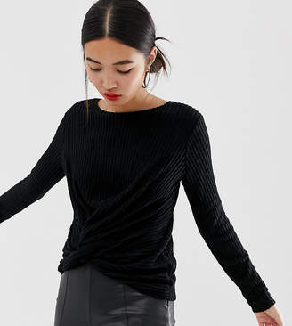 New Look twist front top in black