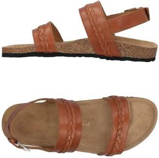MAISON KITSUNÉ Sandals - Item 11452768