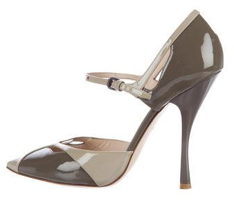 Bottega Veneta Bottega Veneta Pointed-Toe Patent Leather Pumps