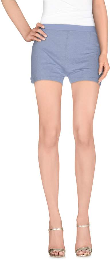<br /> <b>Notice</b>:  Undefined variable: queryStry in <b>/home3/h3g711im/mallchick.com/shop/clothing/womens-athletic-clothes/athletic-shorts.php</b> on line <b>306</b><br />
