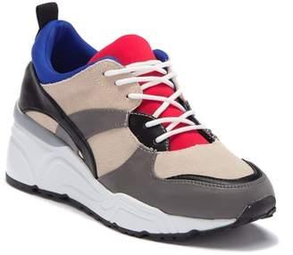 Steve Madden Envoy Lace-Up Platform Sneaker