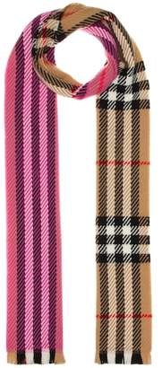 Burberry Giant Check wool scarf