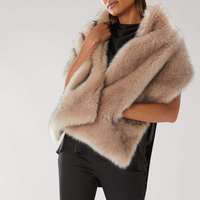 Coast ESTELLE POCKET FAUX FUR SCARF