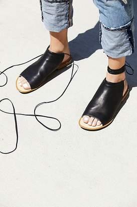 Latigo Sand Dunes Boot Sandal