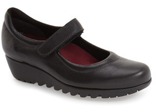 Women's Munro 'Pia' Mary Jane $209.95 thestylecure.com