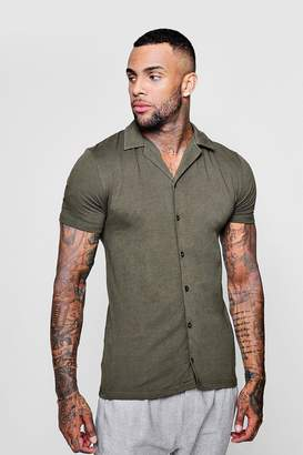 boohoo Muscle Fit Short Sleeve Revere Jersey Shirt