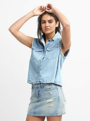 Gap Cropped Sleeveless Western Shirt in Denim