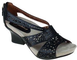 Earthies 'Ensenada' Sandal Black 6.5 M