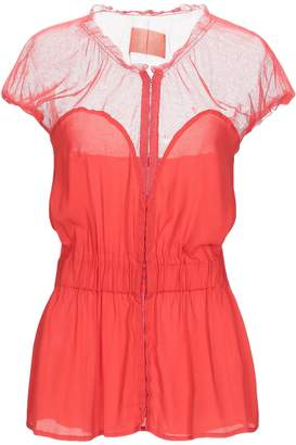Betty Blue Shirts - Item 37962779UH