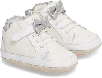 Robeez R) Skipping Stella Sneaker
