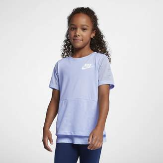 Nike Sportswear Big Kids' (Girls') Short Sleeve Top
