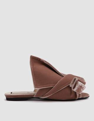 N°21 Velvet Flat Bow Mule in Rose