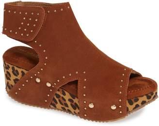 Very Volatile Betsy Platform Wedge Sandal