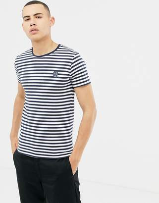 Solid t-shirt with navy stripe with embroidered skull