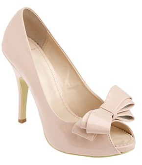 Light pink triple bow court shoes