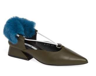 YUUL YIE Faux Fur Block Heel Pump